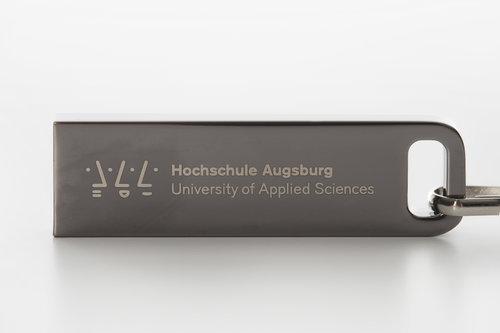 USB-Stick 8GB mit praktischem Schlüsselring der Hochschule Augsburg